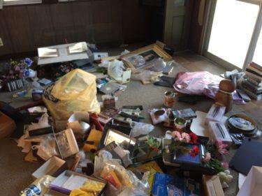 【広島県福山市で不用品の片付け】リビング・寝室を中心に不用品片付けを行いました